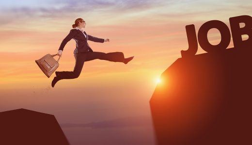 手相占い!仕事運や昇進・転職の時期と成功の相も!