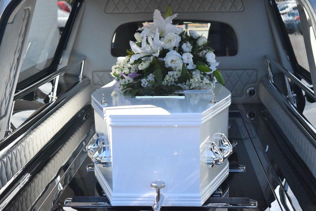 夢占い お葬式