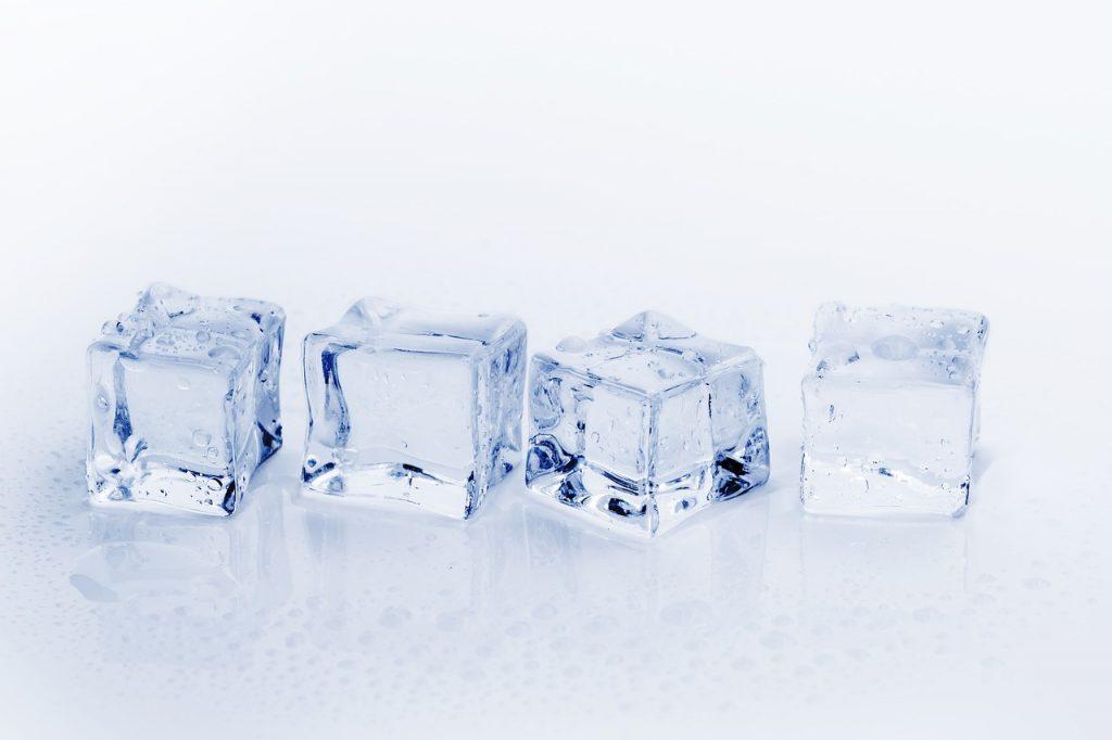 夢占い 氷