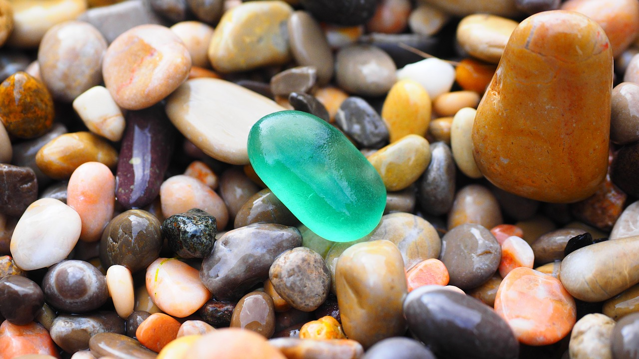 夢 占 い 石