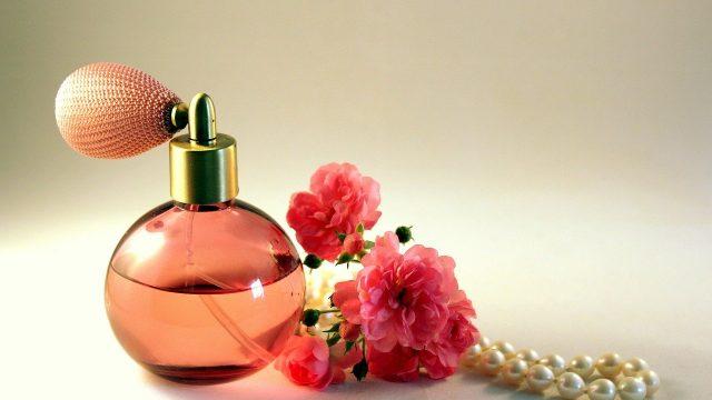 夢占い 香水